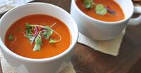 rajčatová polévka z čerstvé šťávy